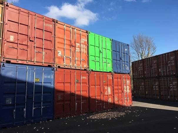 ranger organiser stocker dans un container marseille 13011 box stock. Black Bedroom Furniture Sets. Home Design Ideas